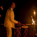 feuershow mit percussion tanja feuerherz und taro